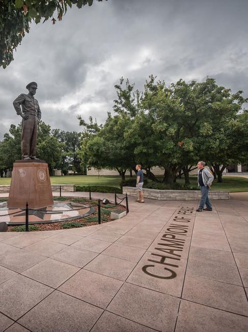 20200521-Eisenhower-General-Statue-Etzel