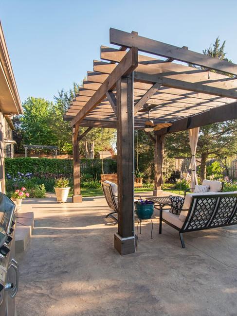 pergola-outdoor-living-patio-topeka-etze