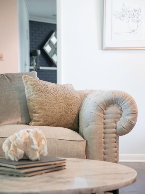 living-room-chair-topeka-kansas-etzel.jp