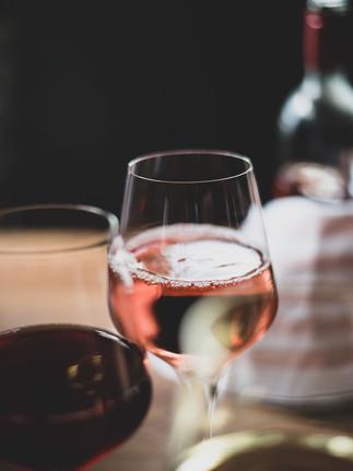 Rose-Wine-Glass-Etzel.jpg