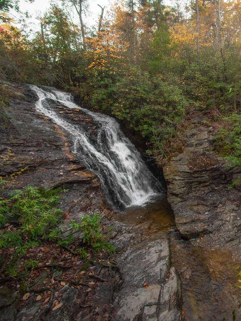 Hanging_Rock_State_Park_North_Carolina_W