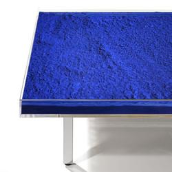 Detail View - Table 'Bleue'