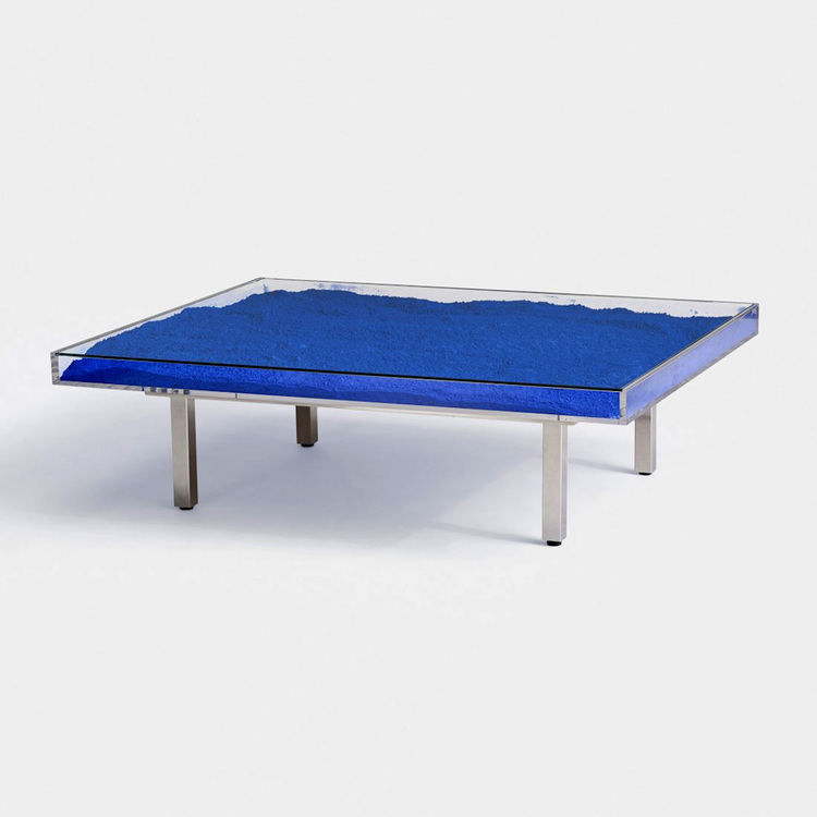 Table 'Bleue'