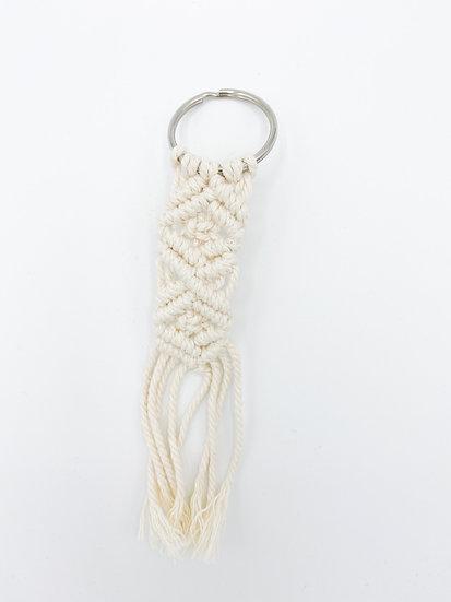 Makramee-Schlüsselanhänger