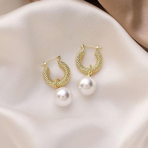 Boucles d'oreilles anneaux et perles
