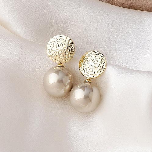 Boucles d'oreilles avec perles, couleur champagne