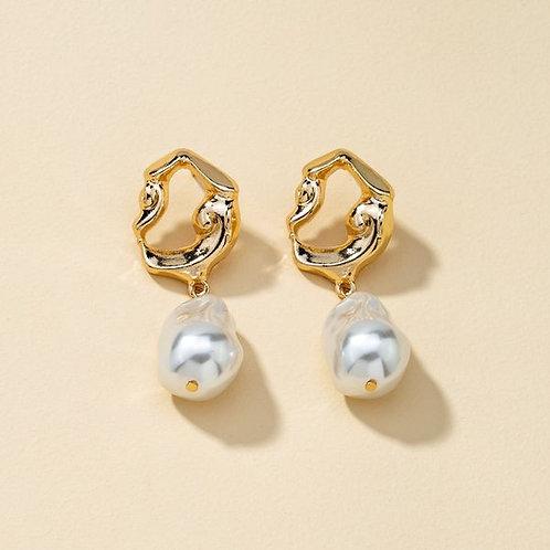 Boucles d'oreilles détail doré et perle