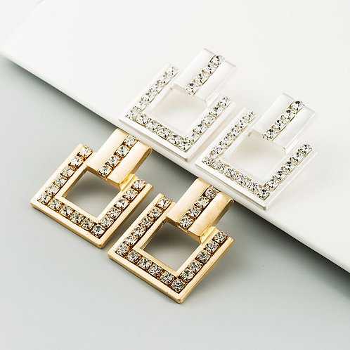 Boucles d'oreilles carrées avec bijoux