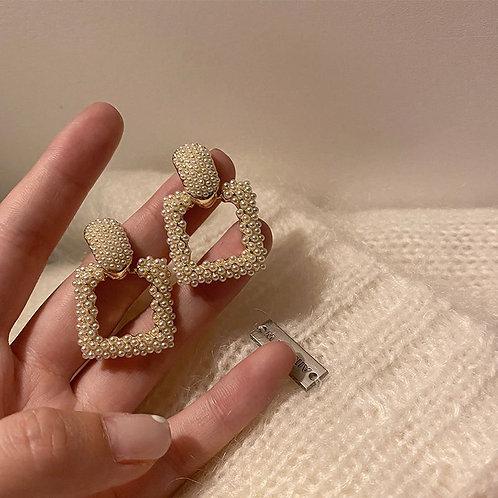 Boucles d'oreilles carrées avec fines perles
