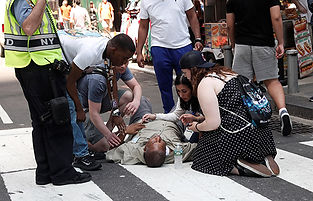 ny-timesquare-car-accident3.jpg