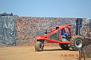 Dirker Forklift Loading Clay Bricks At Pretoria