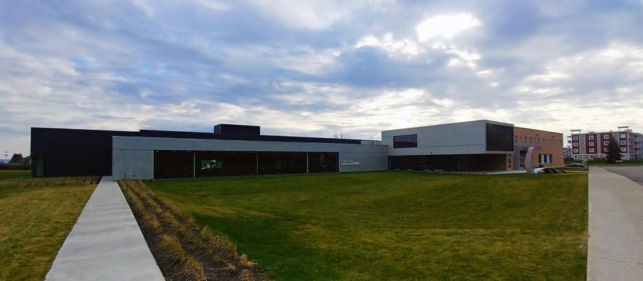 Conception/installation d'équipements sportifs, Complexe sportif Desjardins à l'Académie Saint-Louis