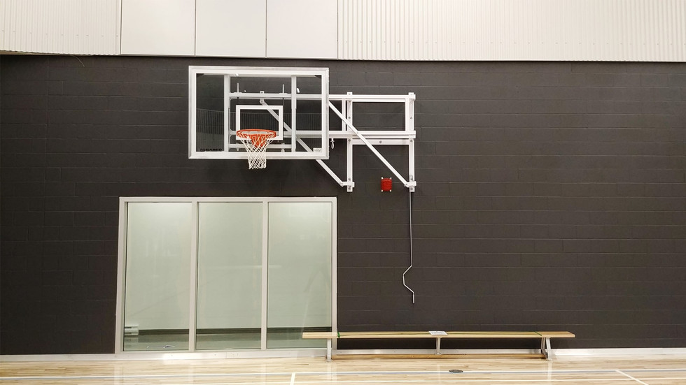 Fabrication & installation d'équipements sportifs, YMCA – Saint-Roch, Québec.