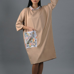 Beige modern dress with an abstract painting print pocket