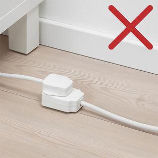 plug-on-ground.jpg