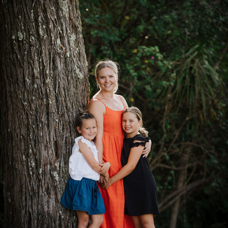 Auckland Family Photographs at Little Shoal Bay