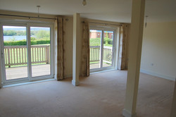 Living/dining room, The Lakes