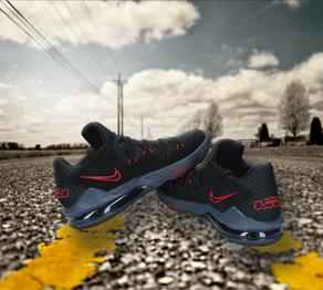Fotovix-Nike-GrafikaR.png