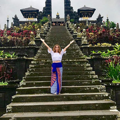 Who's coming to Bali with me_ Spiritual healing transformational retreat has spaces open!!