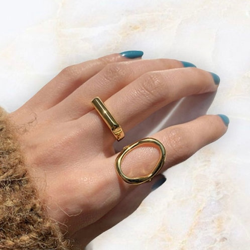 Minimalist Gold Square Ring (SIZE 7)