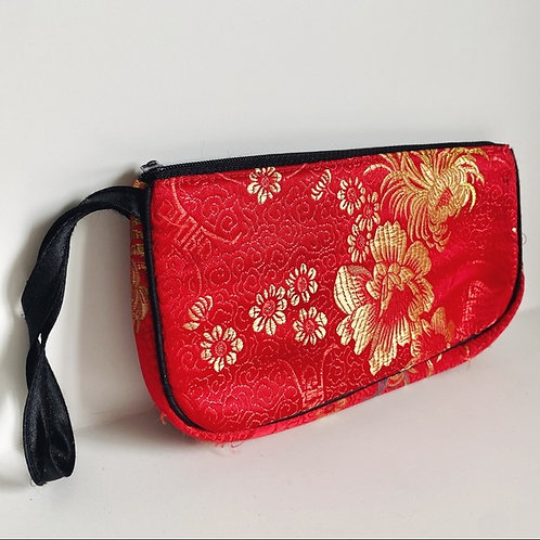 VINTAGE AUTHENTIC TRADITIONAL QI PAO CHEONGSAM WRISTLET CLUTCH