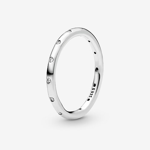S925 SILVER SIMPLE SPARKLING BAND RING (SIZE 7)