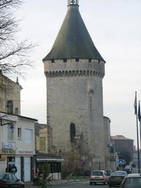 Libourne, la tour du vieux port