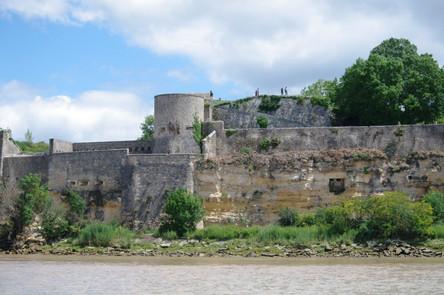 Citadelle de Blaye depuis l'estuaire