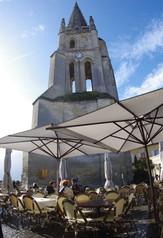 Le clocher de l'église monolithe