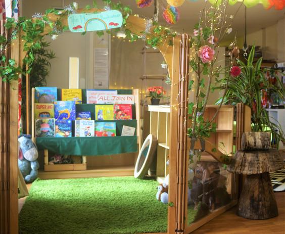 Butterfly Room_6050 (2).jpg