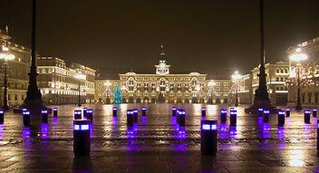 Trieste_Piazza-unita-dItalia.jpg