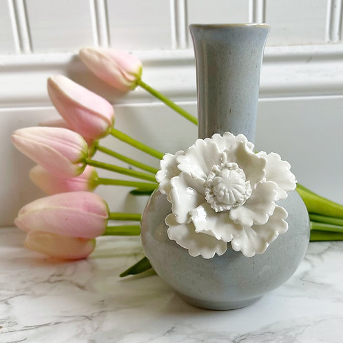 Mini Gray Vase*Large Box Only Product