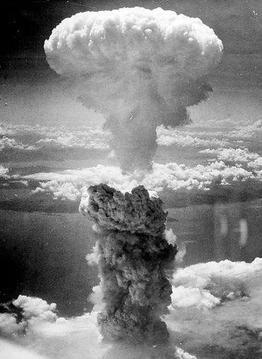 Atomic_bombing_of_Japan_edited.jpg