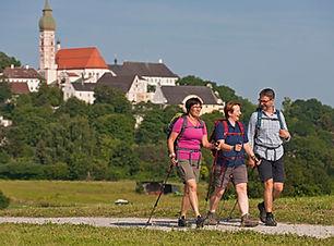 Koenig-Ludwig-Weg_Kloster Andechs_Wander
