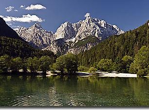 slovenia_helia_walking-lakes-&-valleys_t