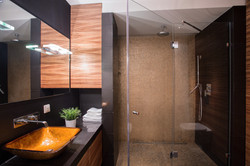 Diani Villa Luxury Bathroom