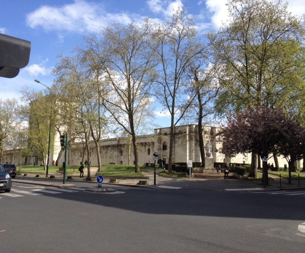 thumb_Vue_sur_le_château_de_l'hôtel_et_du_cinéma_1024