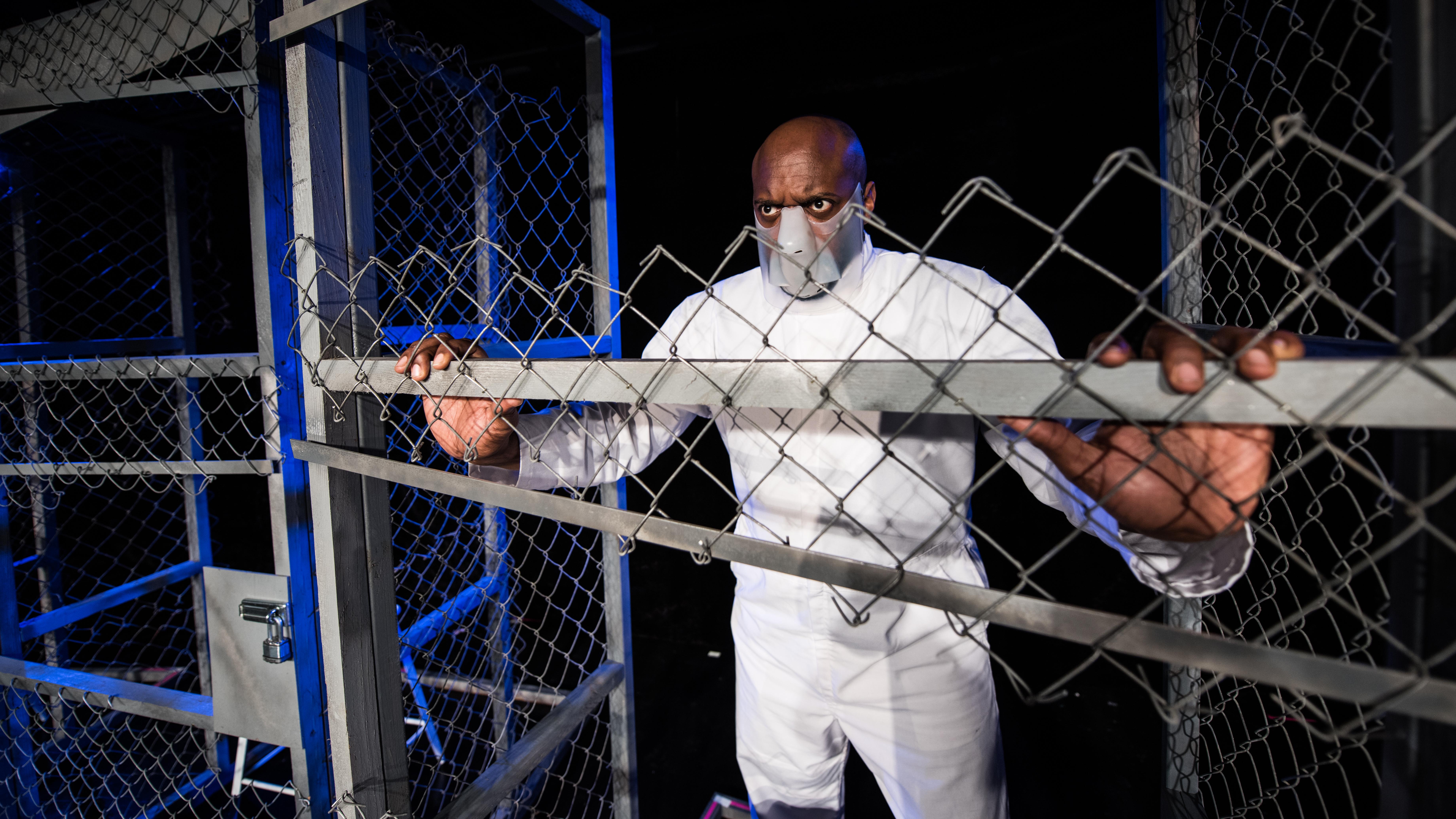 Marc - inside cage full body - 2