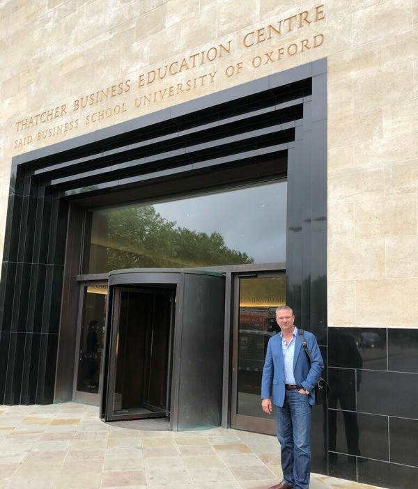 Kevin Cast attended Blockchain course at University of Oxford
