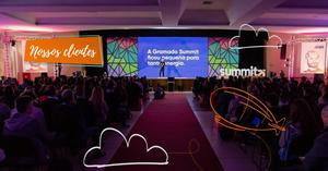 Foto mostra o palco da Gramado Summit 2018.