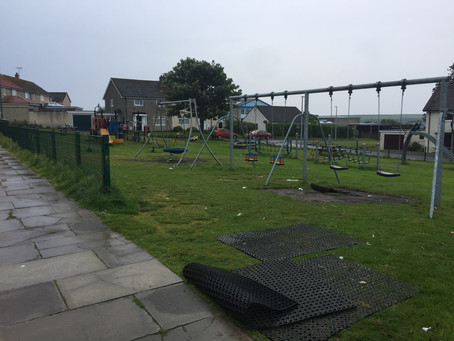 Cllr Mackie hits out at vandals of popular Thurso Playpark.