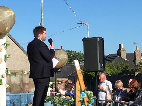 Cllr Mackie addresses Castletown Gala Celebrations