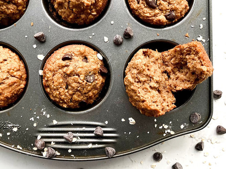 Healthy Oatmeal Chocolate Chip Muffins