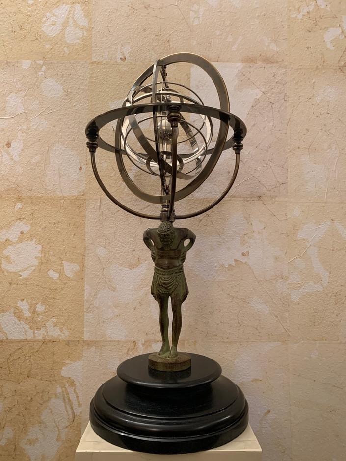Misure  Ø 28 x h 55 Astrolabio interpretazione bronzo d'epoca Bronzo, cromo su base marmo