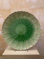 Misure Ø 30 x h 3     Piatto Vegetale    Ceramica
