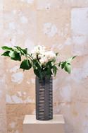 Misure Ø 10 x h 29      Vaso     Vetro molato bianco e nero