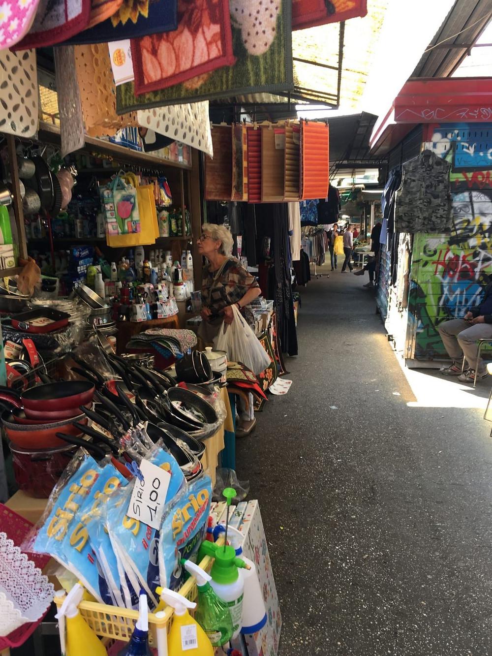 Market bargain rome