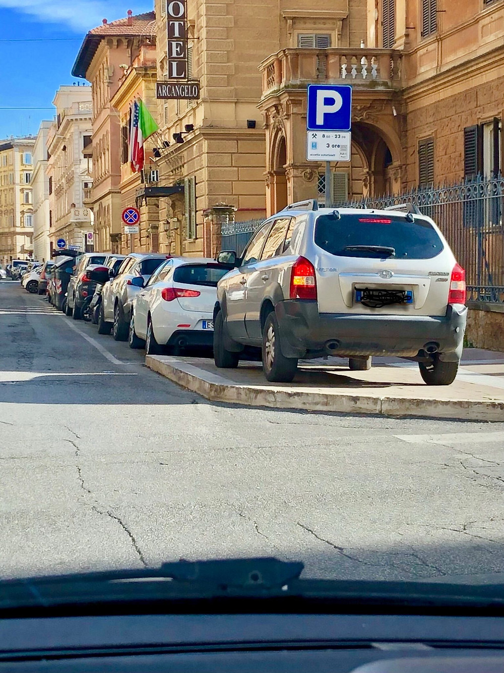 driving in rome, rome parking