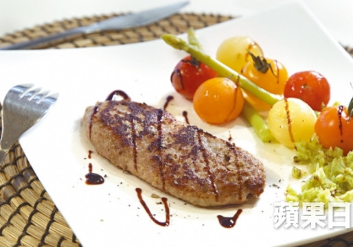 【新聞分享】燒味牛扒變啫喱 社企大廚:想吞嚥困難患者食得有尊嚴