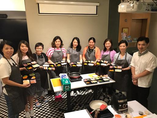 【活動花絮】母親節 - 愛心便當軟餐製作班